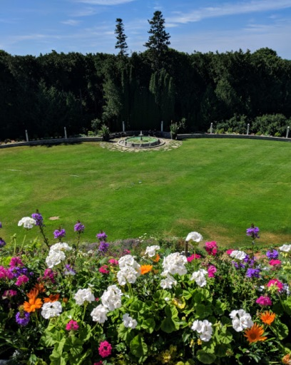 Grand Hotel Grounds
