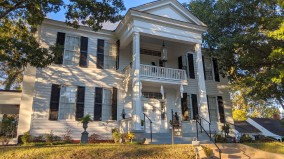 Another antebellum home
